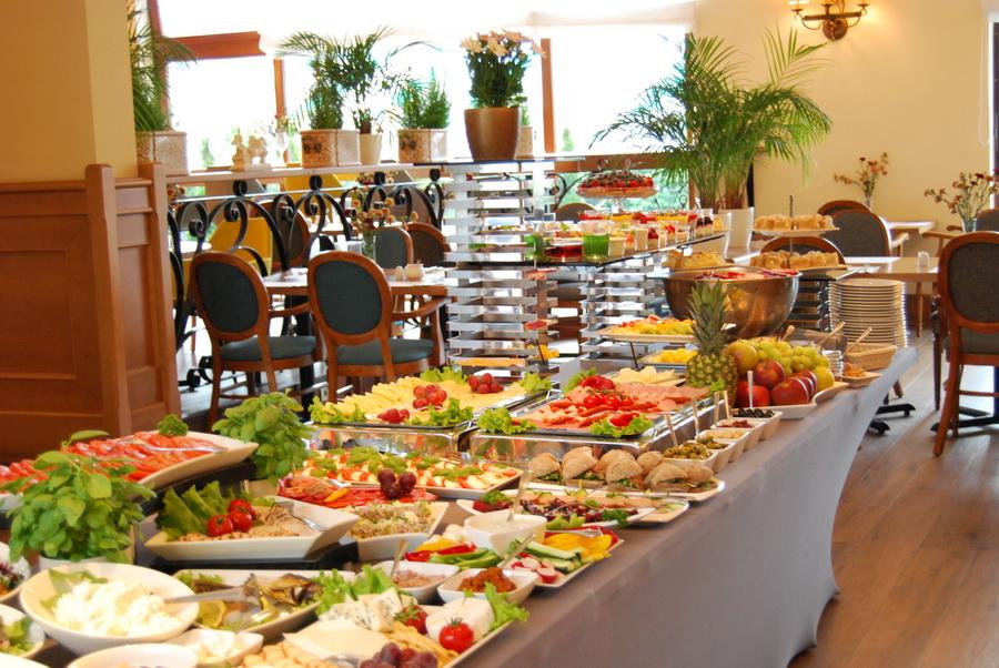 hotel z dobrym śniadaniem poznań